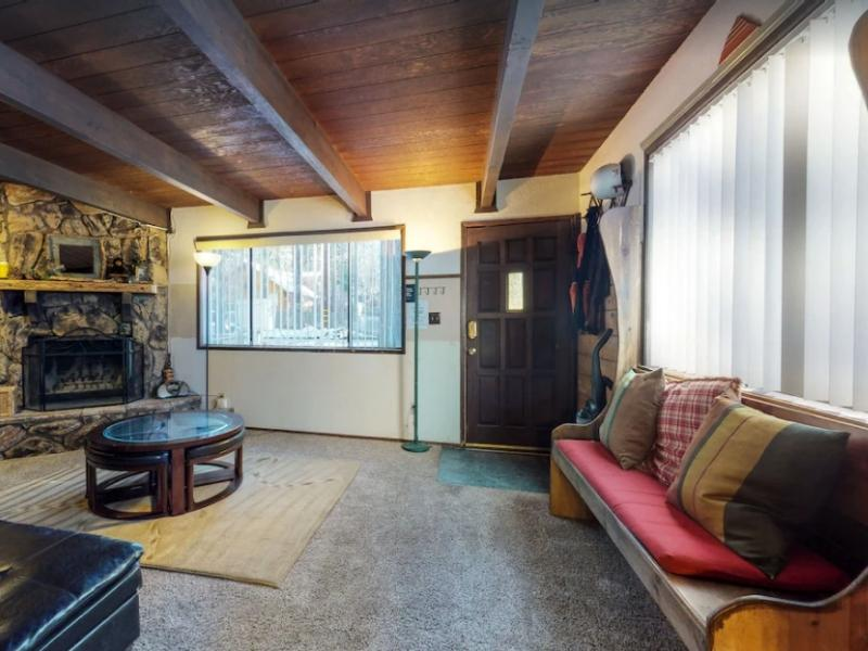 The Quaint Cottage is a great Big Bear rental