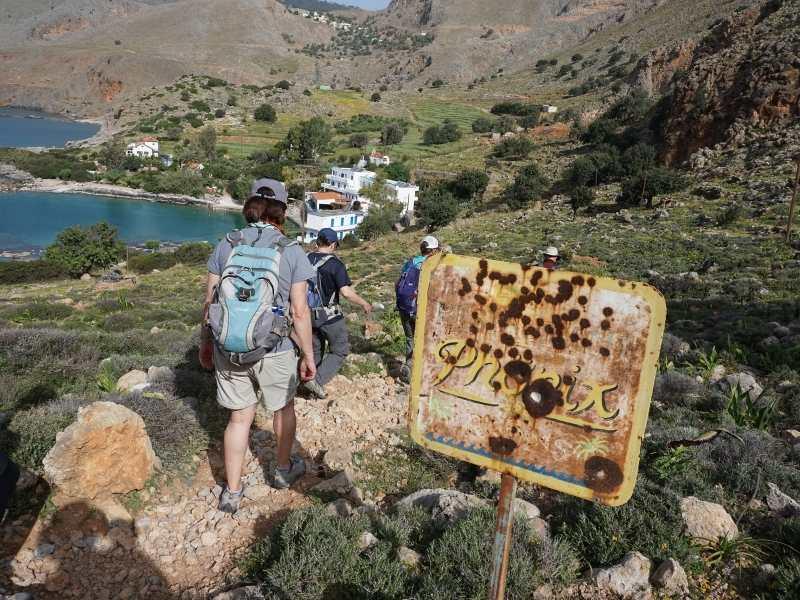 Marmara-Loutro self-guided hiking tour in Crete