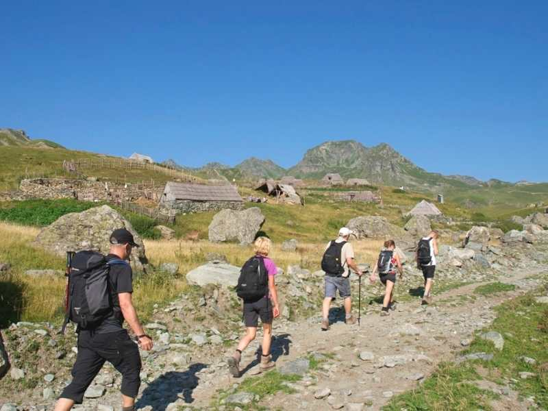 Hikers on the route from Sylbice to Doberdol in Albania