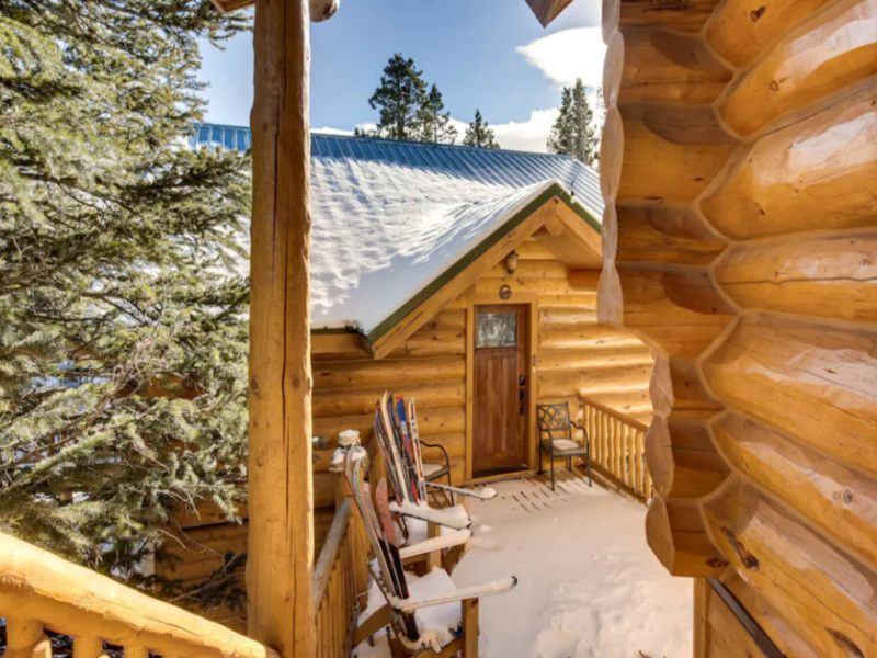 The Lodge is a Cozy Log Cabin