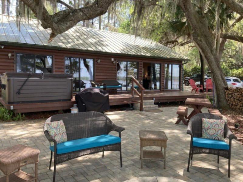 Lakefront Cabin Fort McCoy - Florida Cabin Rentals
