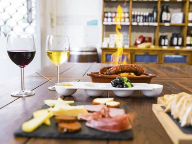 Food and wine tasting in Lisbon
